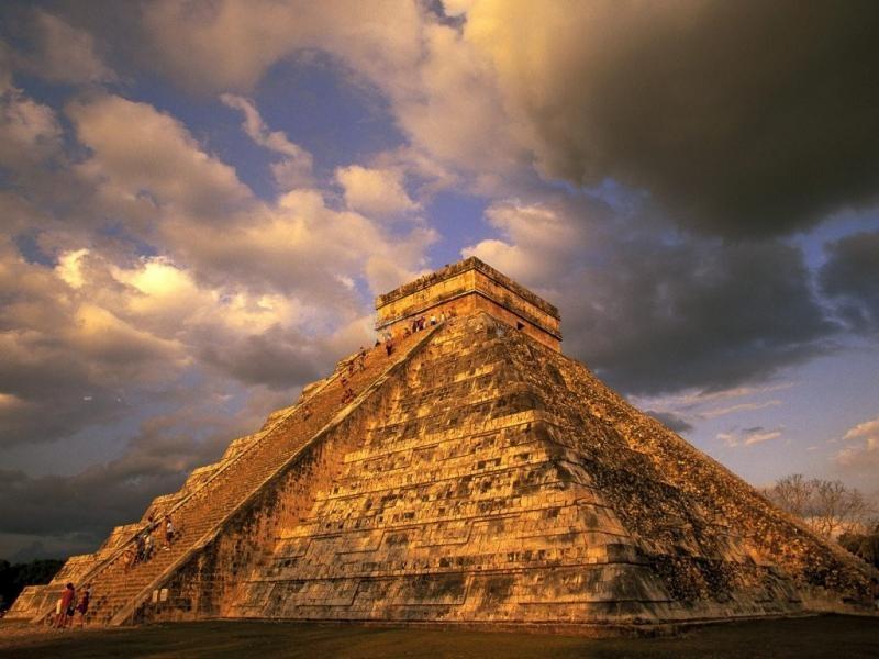 Pantallazo Templo de Kukulcán