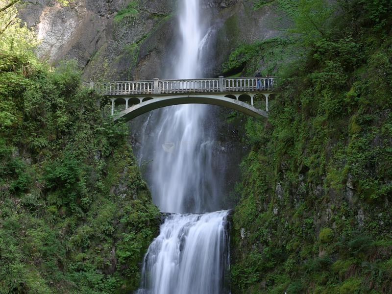 Pantallazo Puente en la cascada