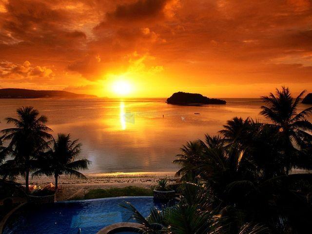 Pantallazo Striking Sunsets Free Screensaver