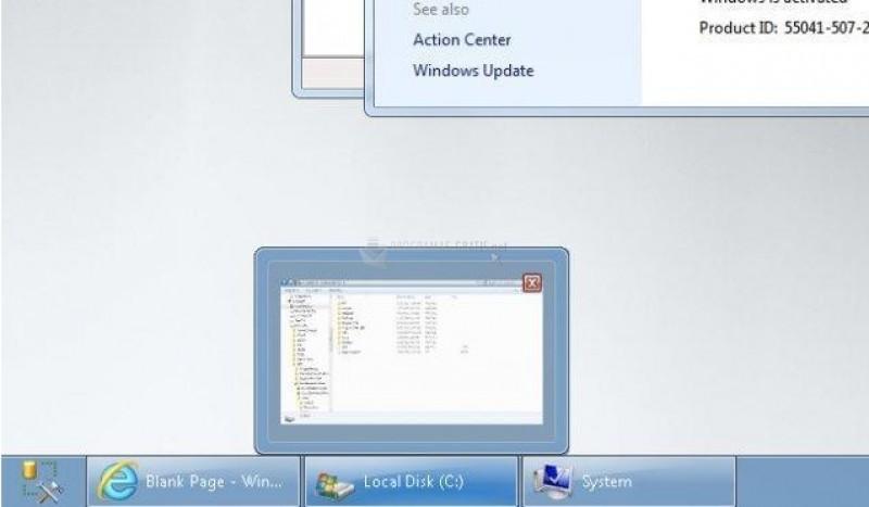 Pantallazo Dual Monitor Taskbar